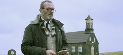 Ingvar E. Sigurdsson as Inspector Erlendur in Jar City