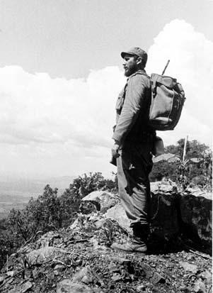 Fidel in the mountains, an Alberto Korda image from Ediciones Aurelia.