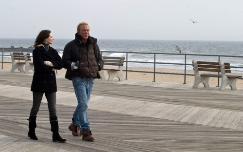Rachel Evan Wood and Mickey Rourke on a New Jersey boardwalk in The Wrestler