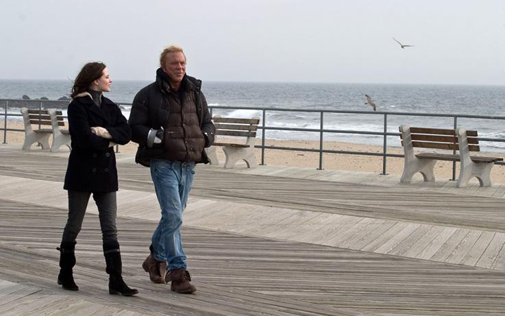 Rachel Evan Wood and Mickey Rourke on a New Jersey boardwalk in The Wrestler