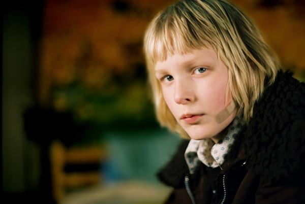 Kåre Hedebrant as Oskar