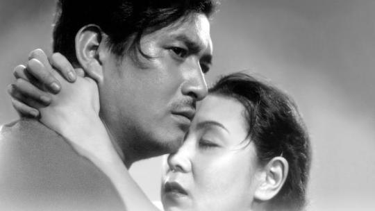 Sano Shûji and Tanaka Kinuyo as the re-united husband and wife