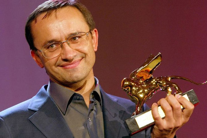 Andrey Zvyagintsev with the Golden Lion he won at Venice in 2003 for his first feture, The Return.