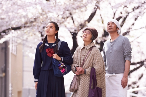 The three principal characters: (from left) Wakana (Uchida Kyara), Tukue (Kiki Kirin) and Setaro (Nagase Matososhi)